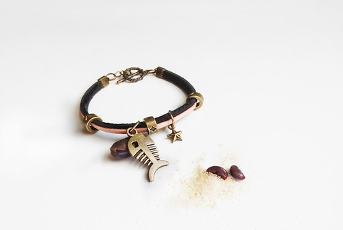 A small fish - leather string bracelet