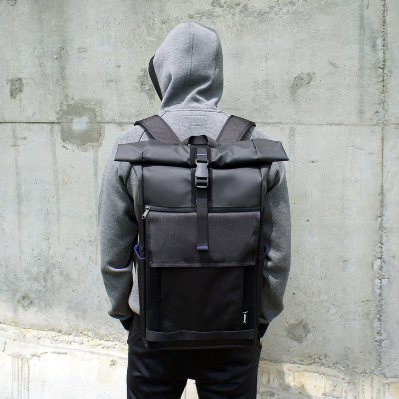 Premium limited trial sale /dday D+1 BACKPACK / backpack / waterproof backpack / magic black