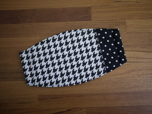 [Katie. C Katie. heart. Feel small objects essential daily living] = = hand-made masks temperament Houndstooth = black