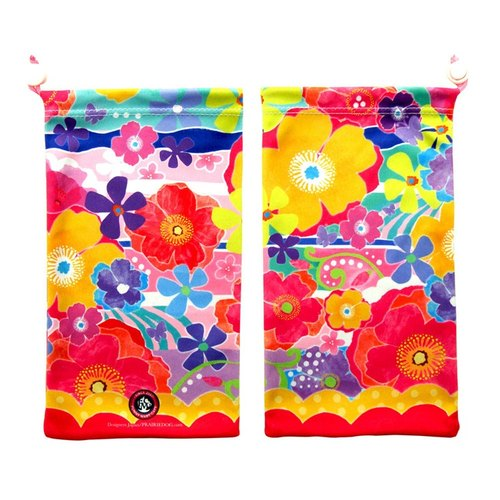 Japan Prairie Dog Big KYUKYU wipe pouch - colorful flowers