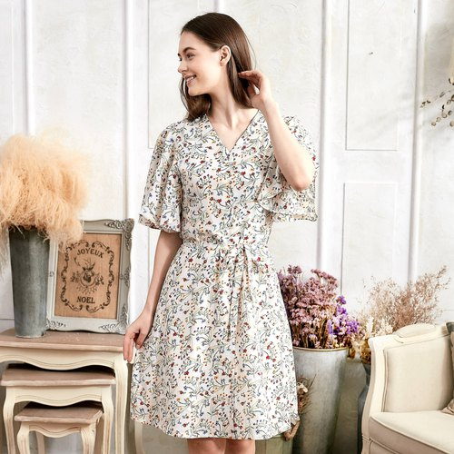 Flutter Sleeve V-Neck Floral Dress (woman)