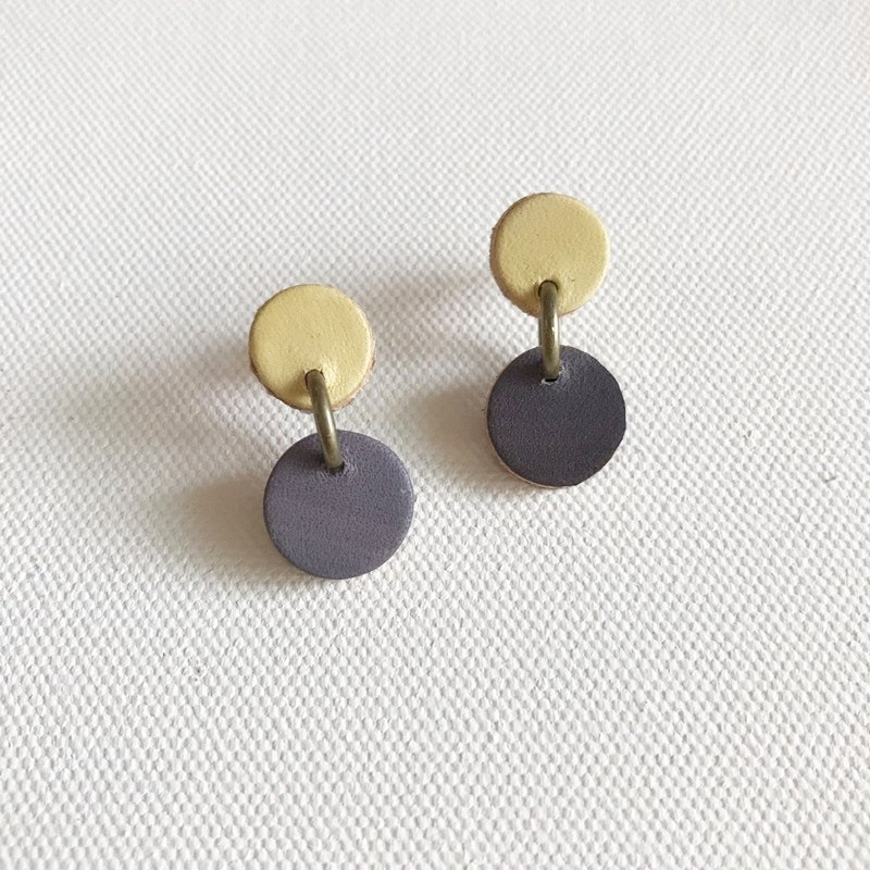 Leather earrings │ ear pin │ small round 1 works │ yellow ash