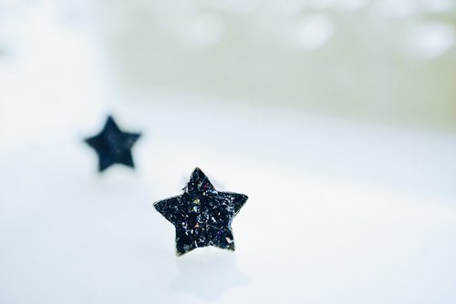 Crushed Hematite Star 925 Silver Earrings