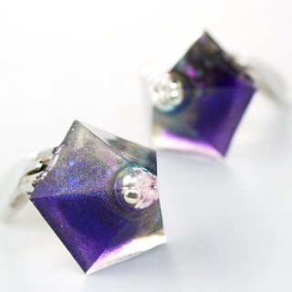 Pentagon earrings (dark matter)