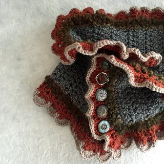 Classic organic cotton cowl with ruffles -Crochet scarf