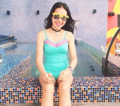 "swimwear - collection ""bubble gum"" / turquoise / size s"