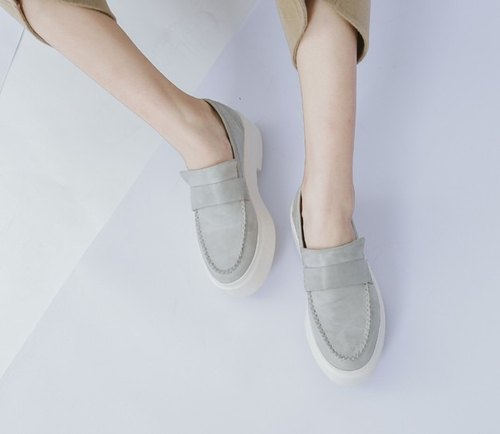 Heavy-bottomed leather minimalist leather soft and comfortable casual shoes gray