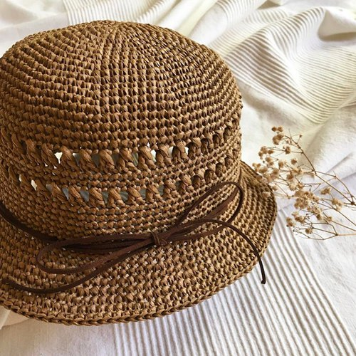 Hm2. Rafi straw hat. Caramel brown