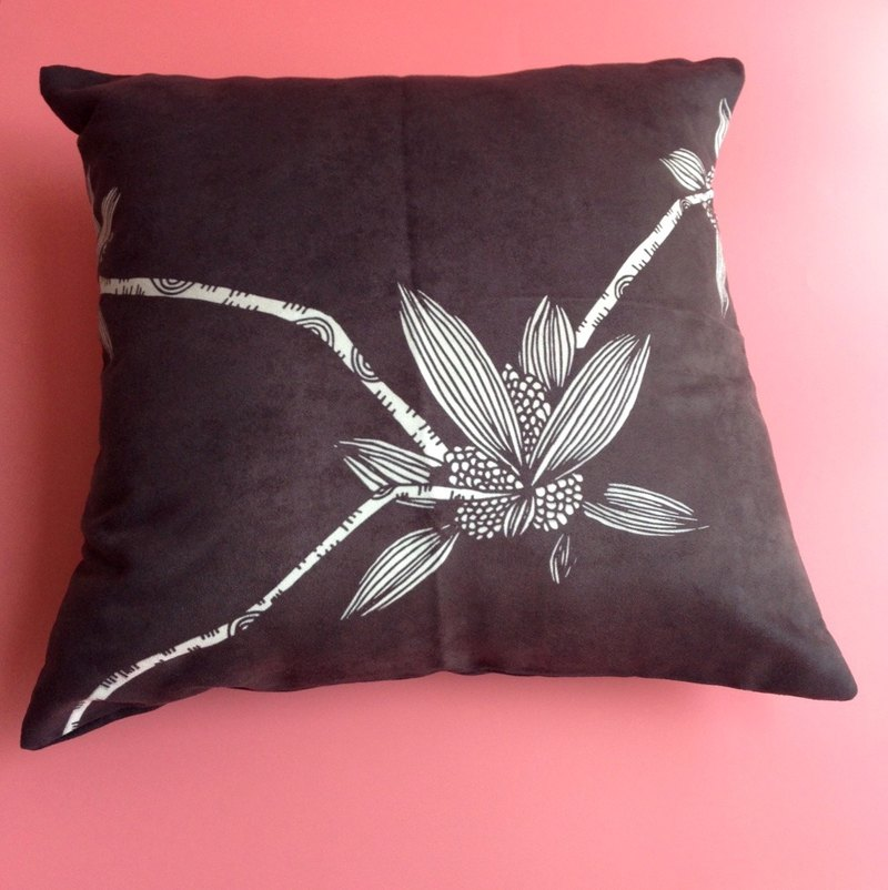 Illustration flower pillows home furnishings furnishings interior design car pillow lunch break gift suede pillow
