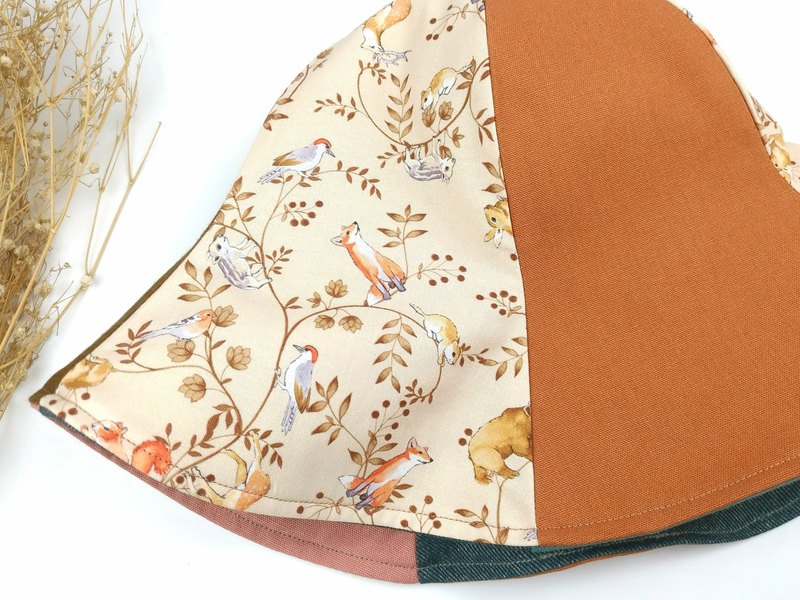 Calf Village Calf Village handmade double-sided hat customized sun visor animal illustration fox mountain pig and bird rabbit brown bear squirrel fall {romantic forest} orange brown 【H-412】 Limited