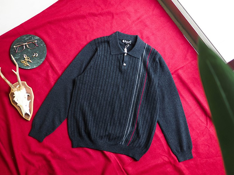 Marble dark gray independent linear shirt cashmere sweater cashmere sweater