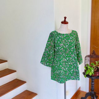 Blouse Three Quarter Sleeve Green Indonesian Fabric