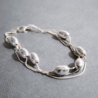 Simple beanie sterling silver bracelet