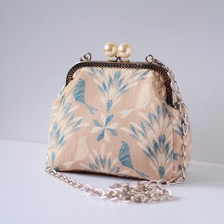Pearl framed Purse - Birds in the day