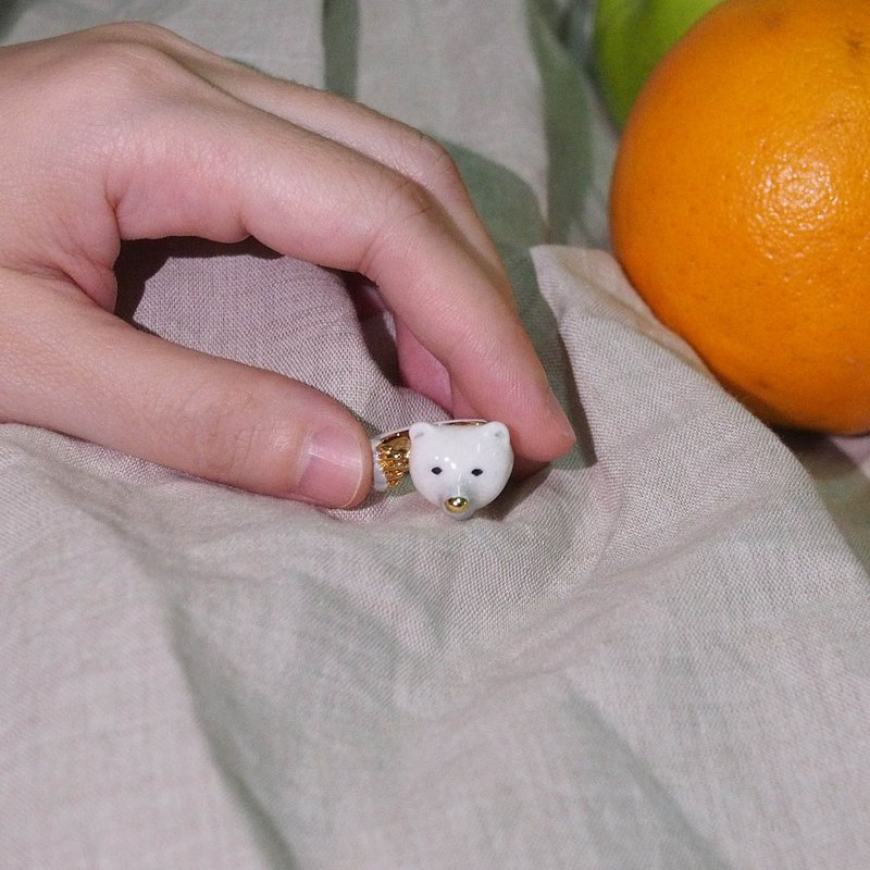 White Bear Hugging Ring