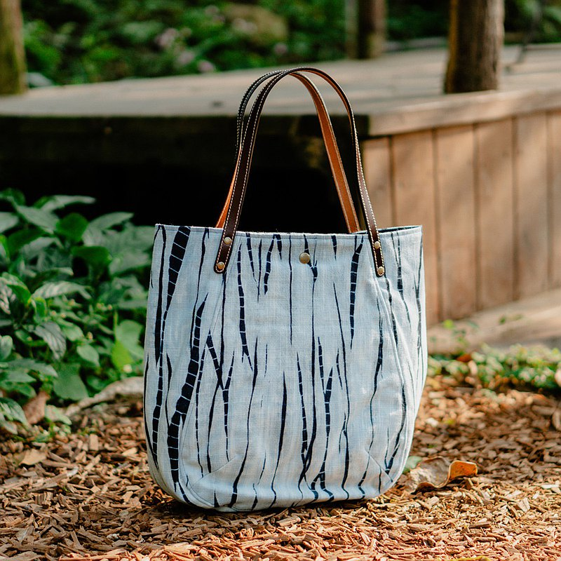Zhuoye Blue Dye-Mountain Forest Shoulder Bag