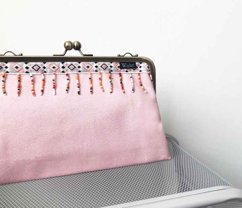 Gray clasp frame bag/with chain/ cosmetic bag