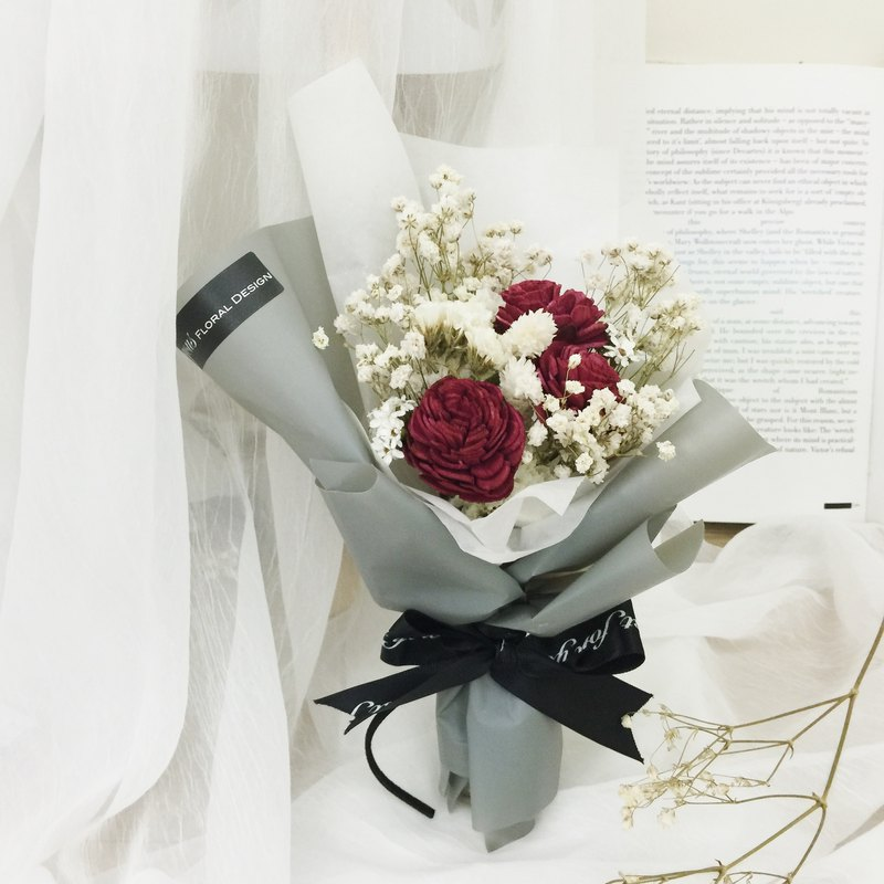 ✦ Paris style ✦ sun rose red and white dry hand small bouquet / graduation ceremony sister gift gift bouquet dry bouquet