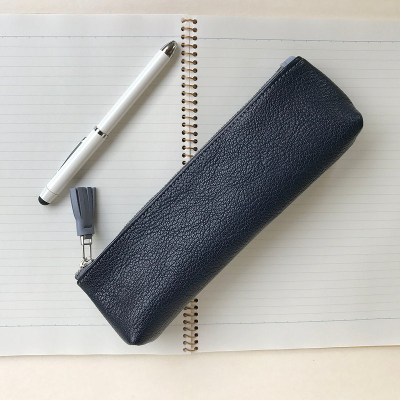 Leather pencil case • Okayama scatter policy tannin blue