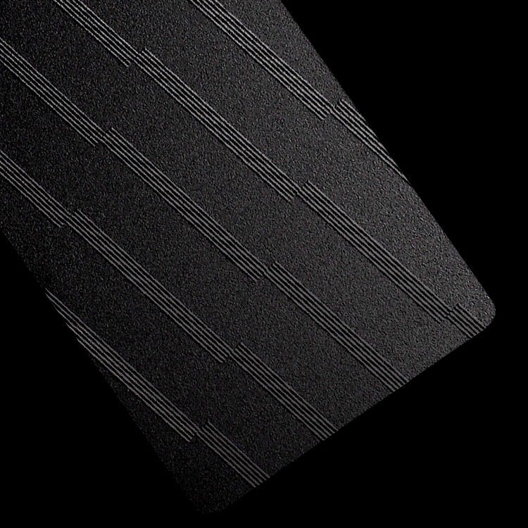 Minimalist black card / stripe