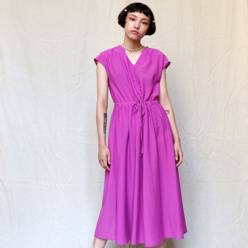 Pumpkin Vintage. Ancient pink and purple strapless sleeveless chiffon dress