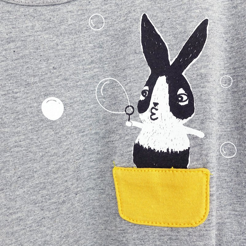 Bubble Rabbit / Wide Sleeve Five-Sleeve Top