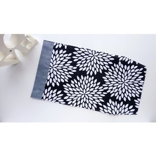 Book Cover (Large Black & White Flower)
