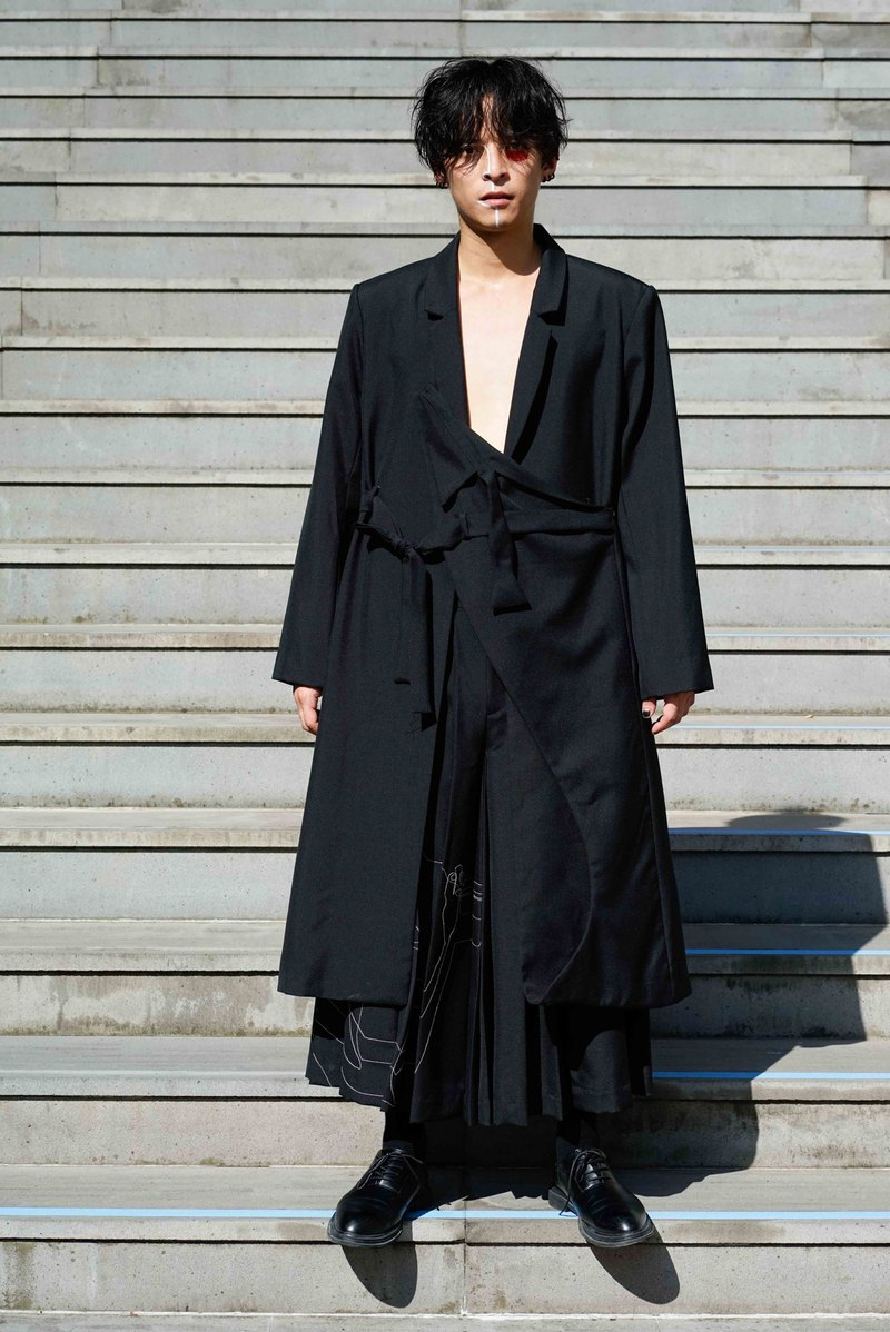 Deconstructed Asian-Style Suit