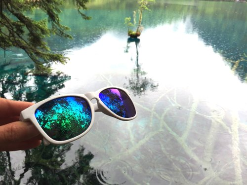 Sunglasses│White Frame│Green Lens│ UV400 protection│2is NitaG