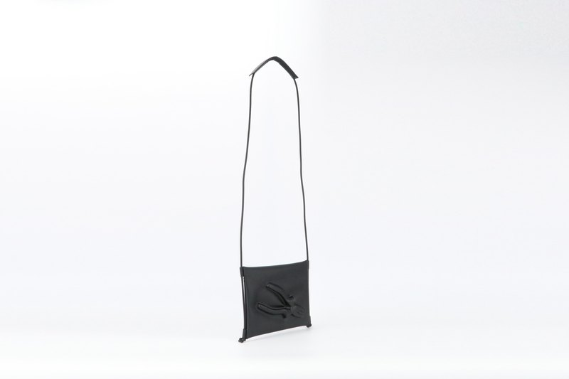 """POMCH"" - VF MATTE pliers dimensional pattern shoulder / messenger bag"