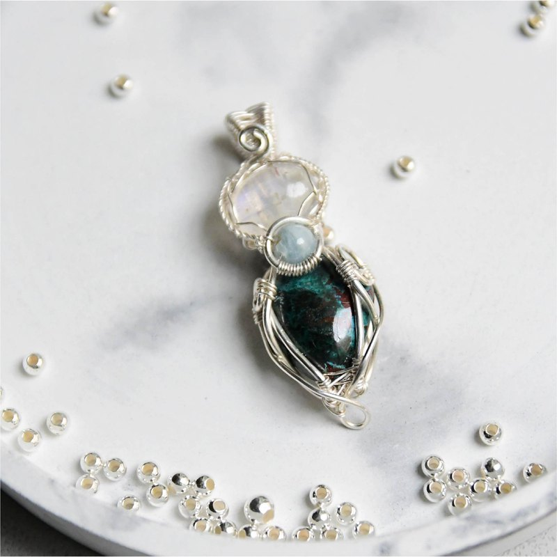 [earth moonlight] blue halo moonstone sea sapphire 矽 malachite sterling silver woven pendant necklace