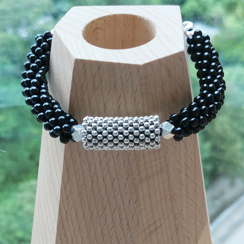 Black Bubble Belle Bracelet