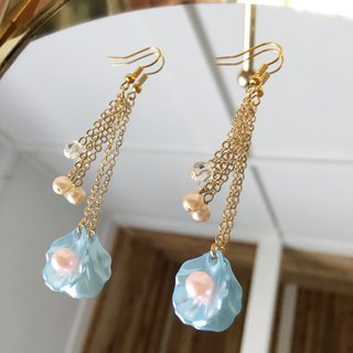Shellfish and chain earrings vol.4