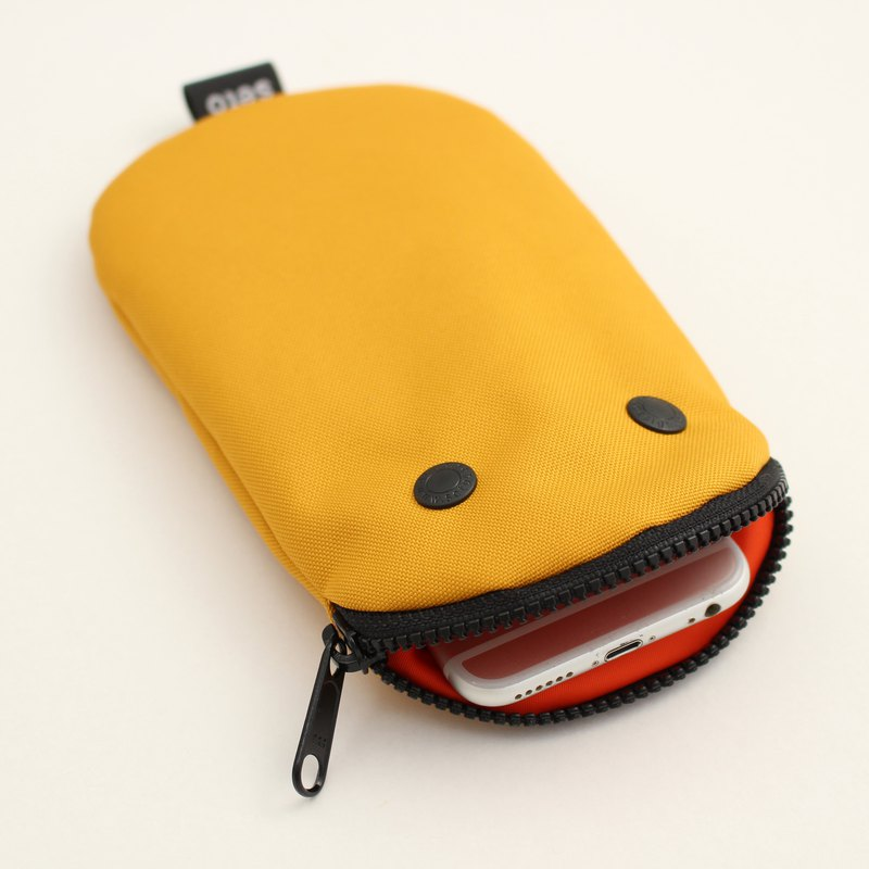 The creature iPhone case Pencil case Oval Yellow 2020