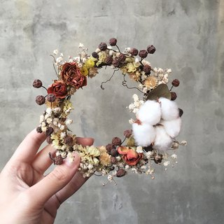 Cotton mini roses drying wreath