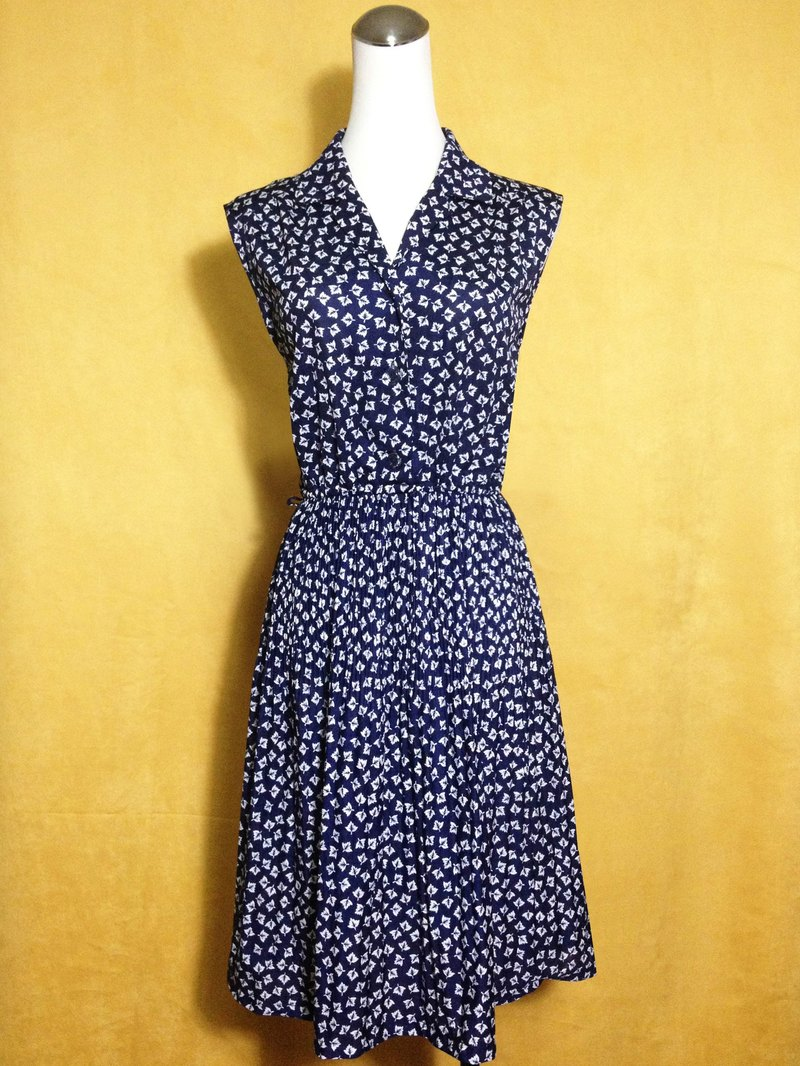 Ping-pong vintage [vintage dress / blue leaf sleeveless vintage dress] abroad back VINTAGE