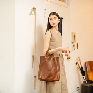 Leather short handle tote bag (brown)