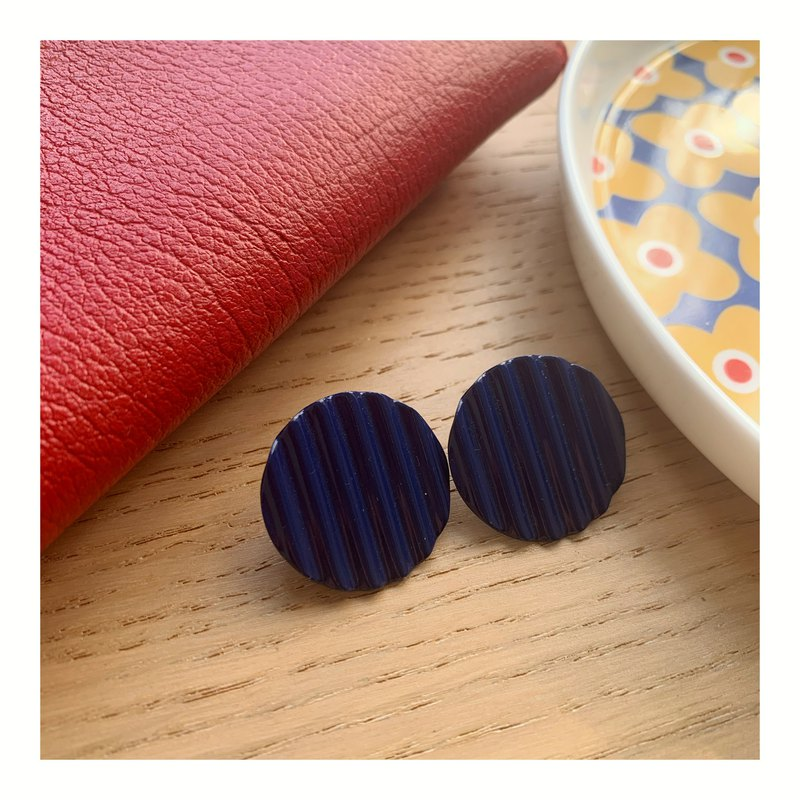 Vintage Retro British Enamel Purple Blue Potato Chip Pin Earrings Western Antique Grandma Jewelry