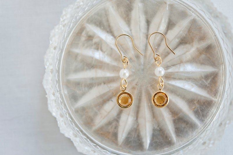 First Crystal Pearl Earrings - Amber