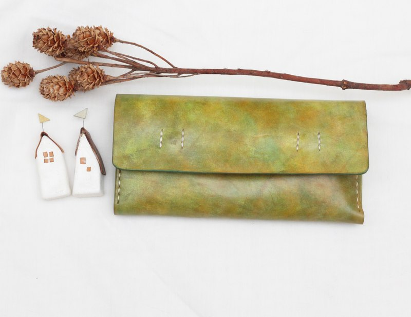 Accordion vegetable tanned leather long wallet - My little green - Meadow color