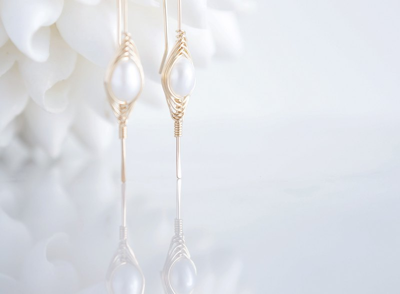 "【Tsubomi】14KGF Earrings-A-""White Pearl"""