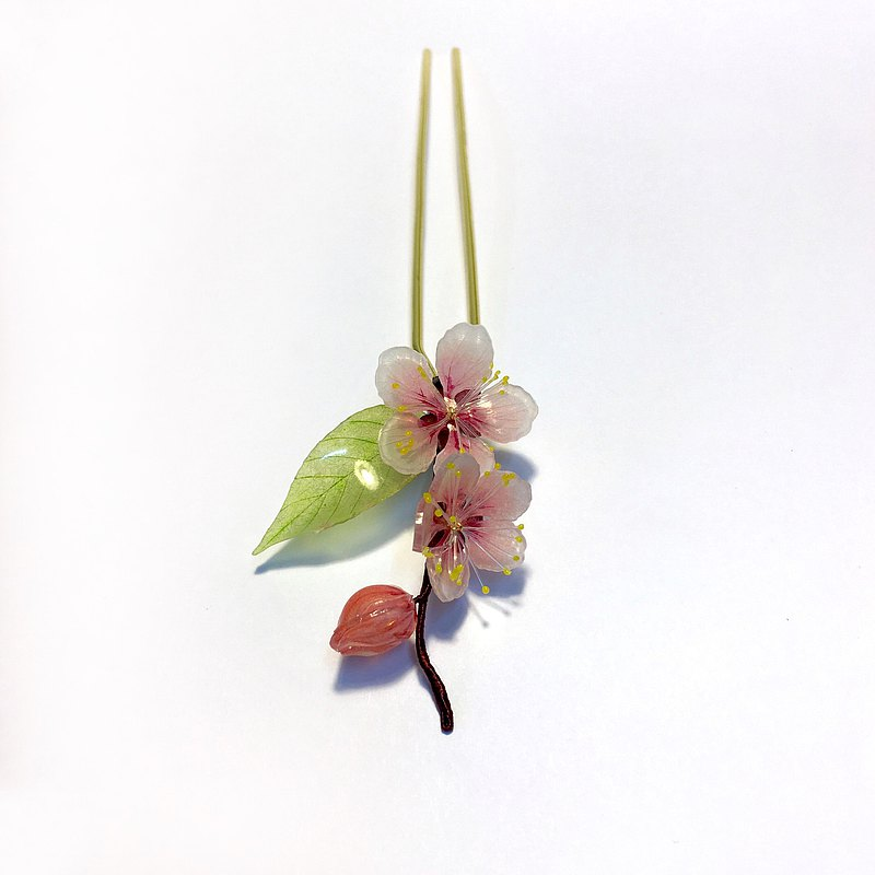 【Peach blossom. New green] Peach blossom hairpin. Japanese resin floral decoration. Twelve Flower Season-March.