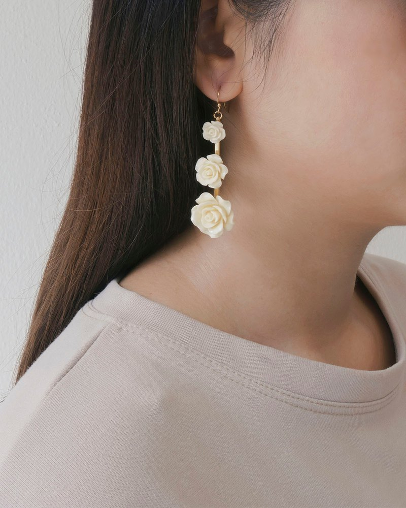 Tri-Flower Earrings
