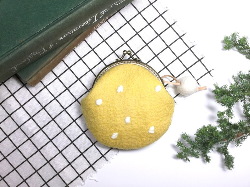 Exchanging gifts I Wool mouth Iridium bag I 缃 Yellow I round purse I carefully selected wool. Handmade