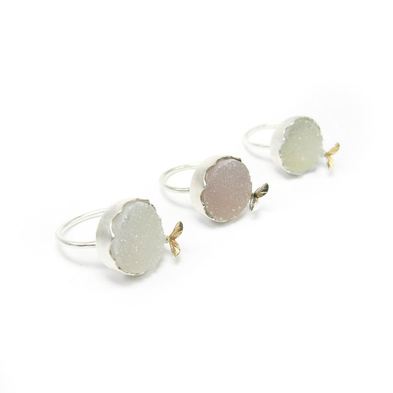 READ Dazzling Gaia's Grace | Agate Cluster 925 Sterling Silver Ring 18K Gold Seedling
