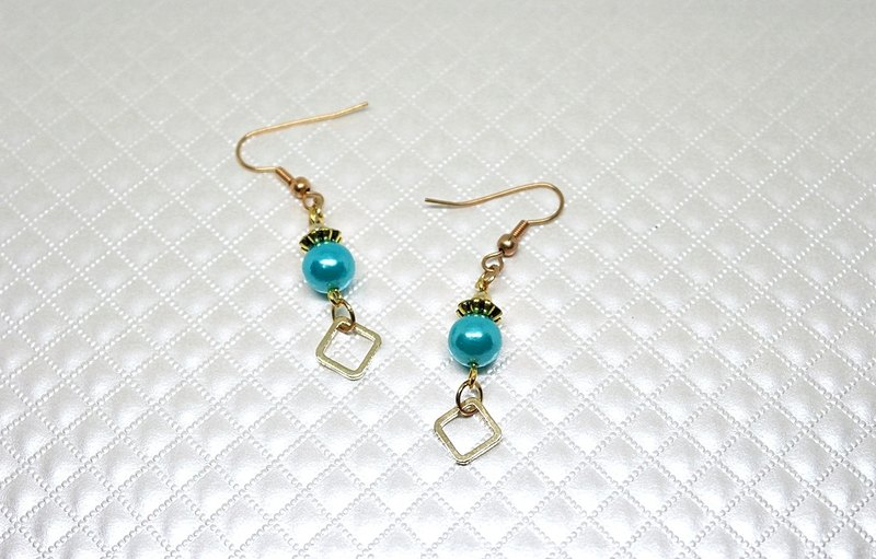 Alloy * blue grid * _ hook-type earrings ➪ limited X1