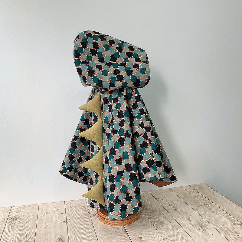 島森家 / 恐龍斗篷  / 恐龍上森林學