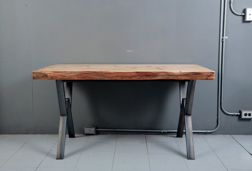 Industrial wind fir wood table