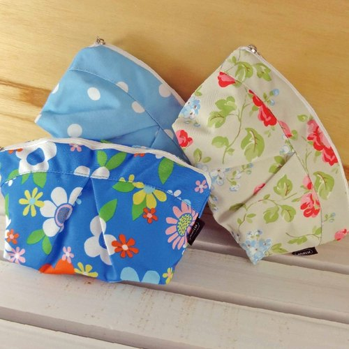 Cosmetic bag [Bao Te bottle recycling environmental fiber fabric]