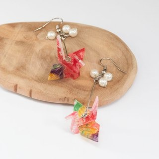 Wings, and wind paper cranes, Japanese Burmese cloth, earrings - red